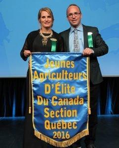 Jeune agriculteur d'élite du Canada-Association des familles Drapeau.