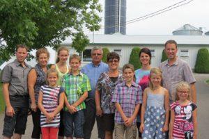Yvan drapeau et sa famille (Bulletin Mars 2015)