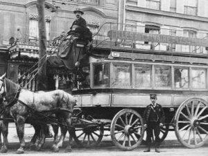 voiture à cheval- calèche-1890-Paris.